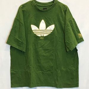Adidas green Tshirt with white texture trefoil